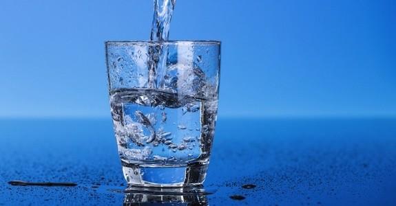 За водата